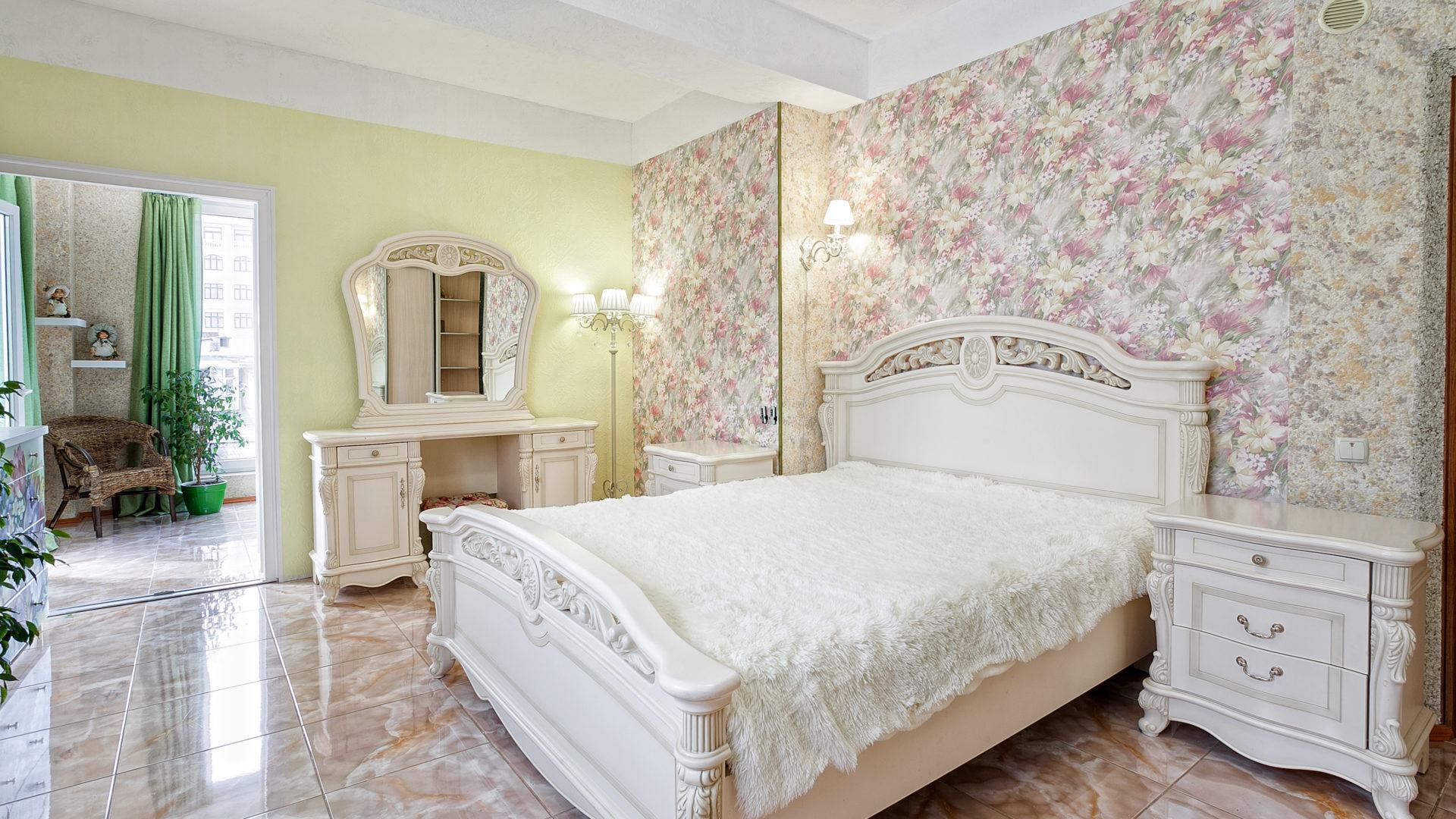 Лучшие отели Ялты - апарт-отель «Family»